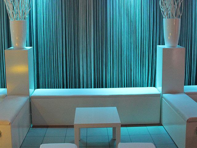 Lounge poef wit stof